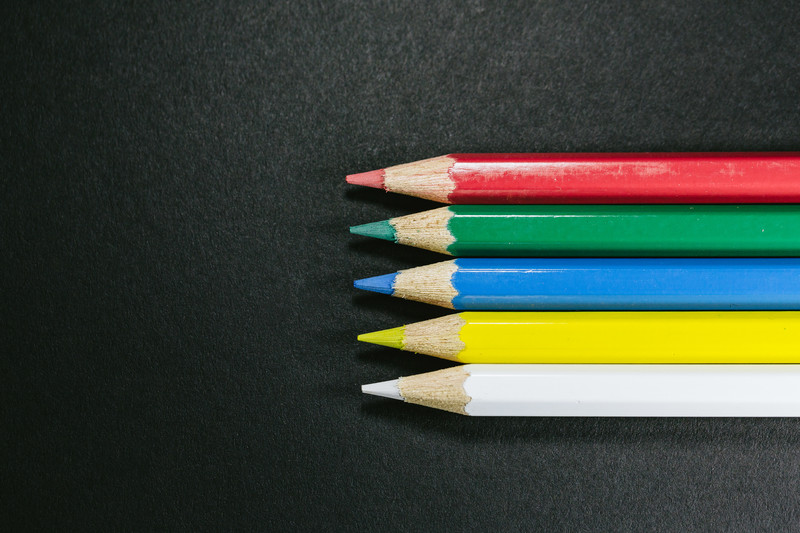 色鉛筆5本