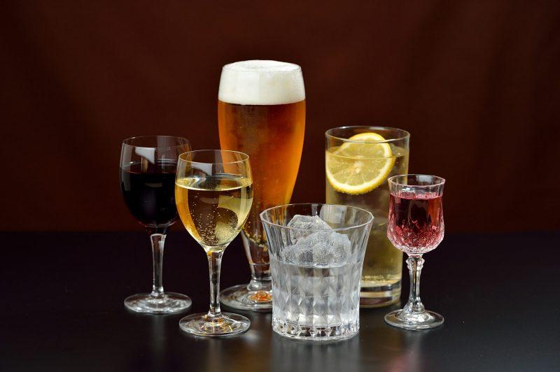 お酒、ドリンクの注文の仕方イメージ画像