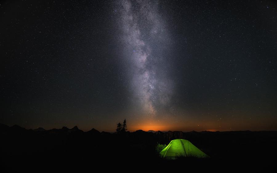 真夜中のキャンプ