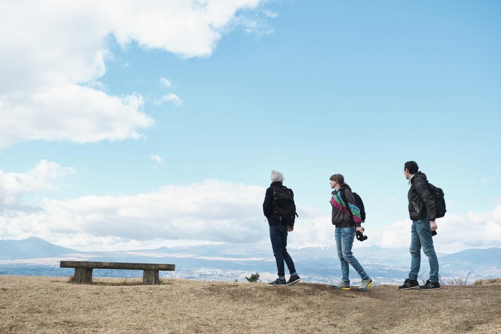 社会人の海外旅行に行く方法