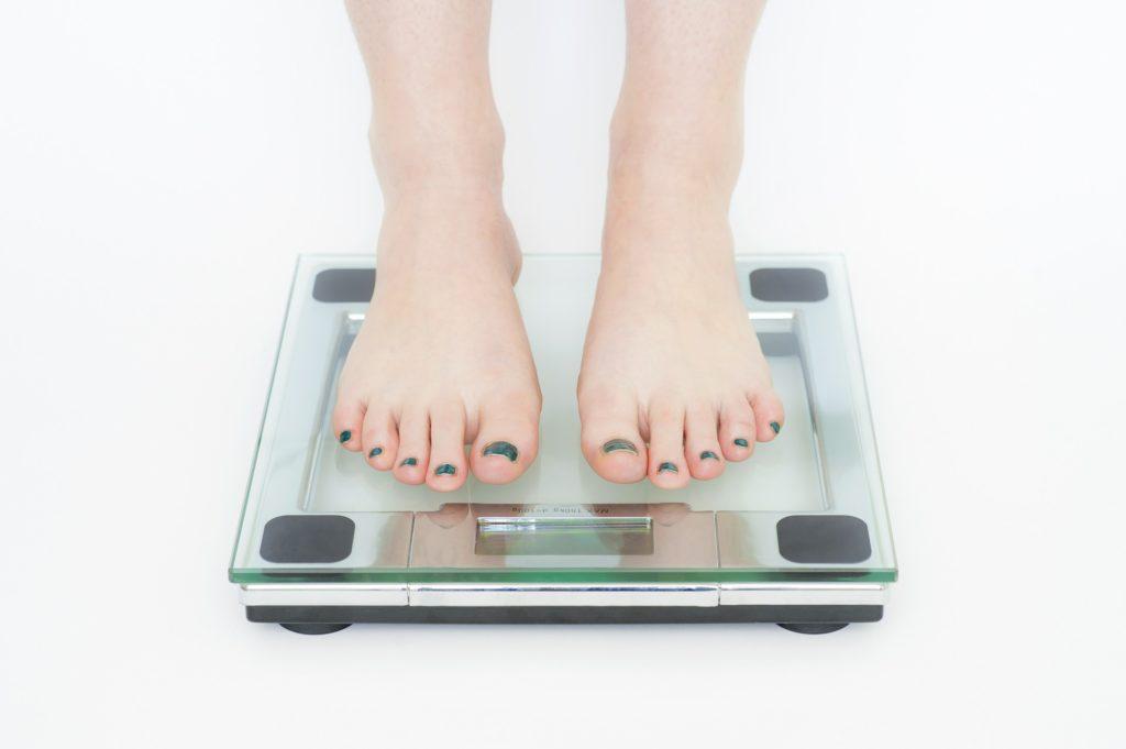 社会人になるとなぜ太るのか
