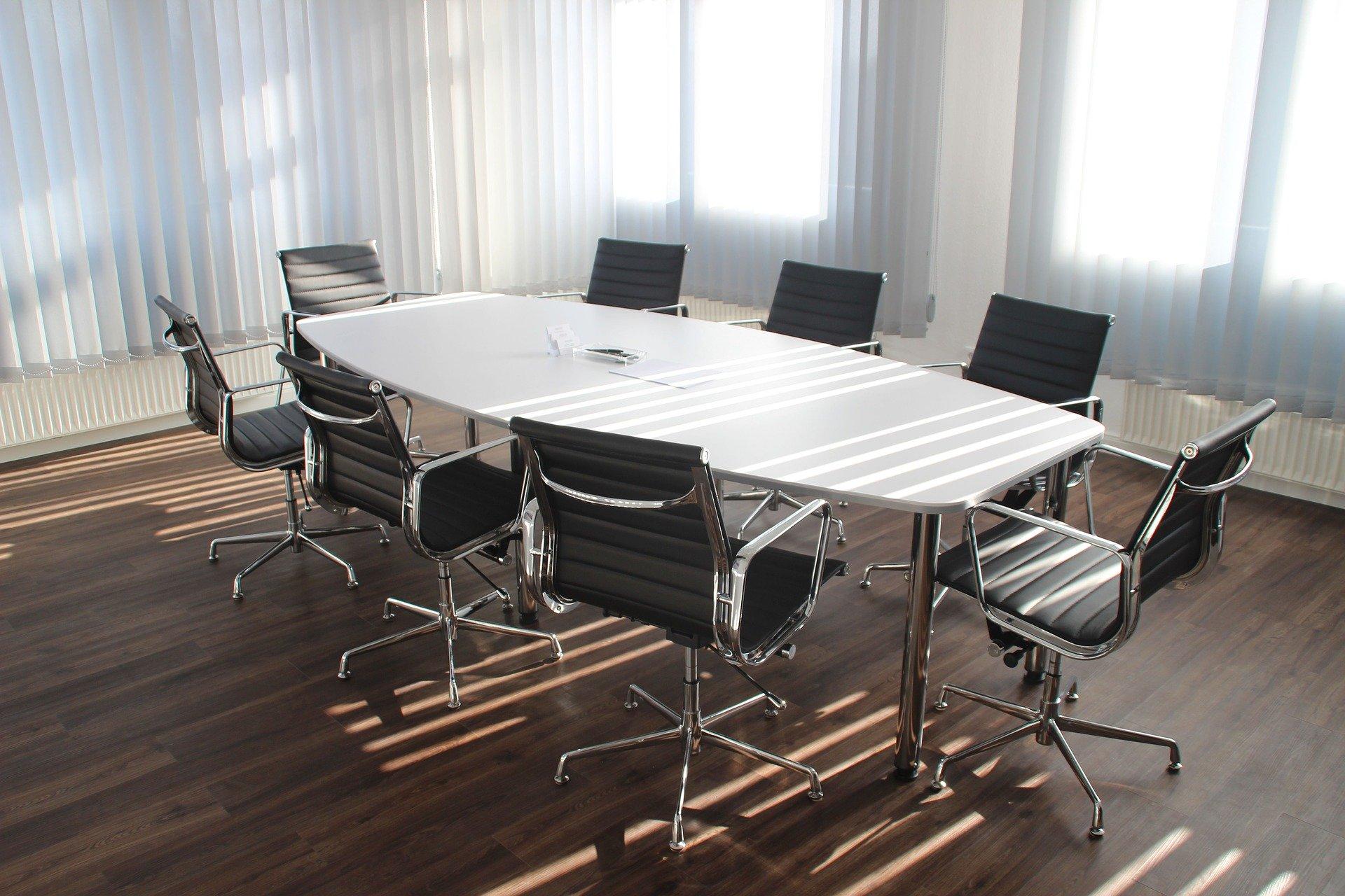 サマリー 会議室